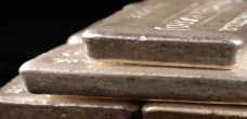 commodity-silver-bars-closeup (HomeSubFeature)