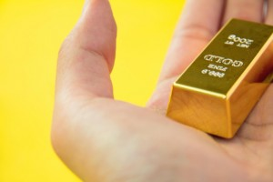 Gold bar in hand: Metals Wired Blog