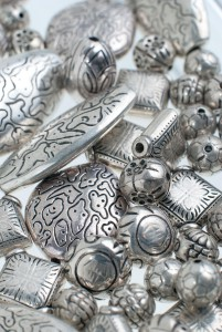 Silver Falls to its Lowest Prices in 2015 Yet