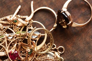 Consider Personal Lifestyle When Buying Jewelry