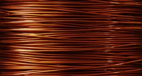 Copper Rebounds to $6,712 a Tonne