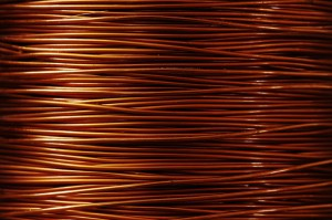 Copper Rebounds to $6,712 a Tonne